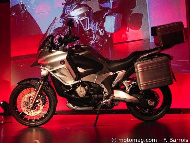 nouveaut s moto 2012 la 1200 crosstourer au catalogue moto magazine leader de l. Black Bedroom Furniture Sets. Home Design Ideas