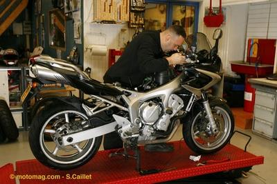 dekra le contr le technique s 39 invite au salon moto de moto magazine leader de l. Black Bedroom Furniture Sets. Home Design Ideas