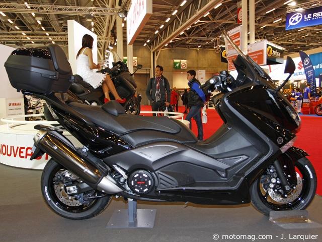 nouveaut s du salon de paris 2011 les maxi scooters moto magazine leader de l. Black Bedroom Furniture Sets. Home Design Ideas