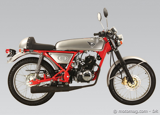 moto chinoise skyteam 125 ace une honda dream moto magazine leader de l actualit. Black Bedroom Furniture Sets. Home Design Ideas