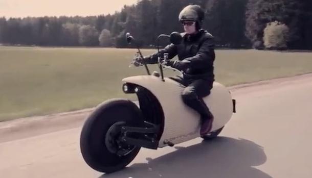 concept biiista une moto lectro au look n o r tro moto magazine leader de l actualit de. Black Bedroom Furniture Sets. Home Design Ideas