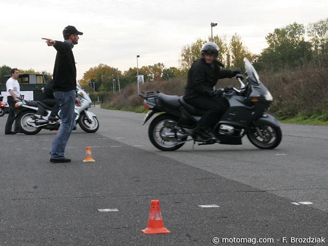 formation moto un stage afdm dans le nord moto magazine leader de l actualit de la moto. Black Bedroom Furniture Sets. Home Design Ideas