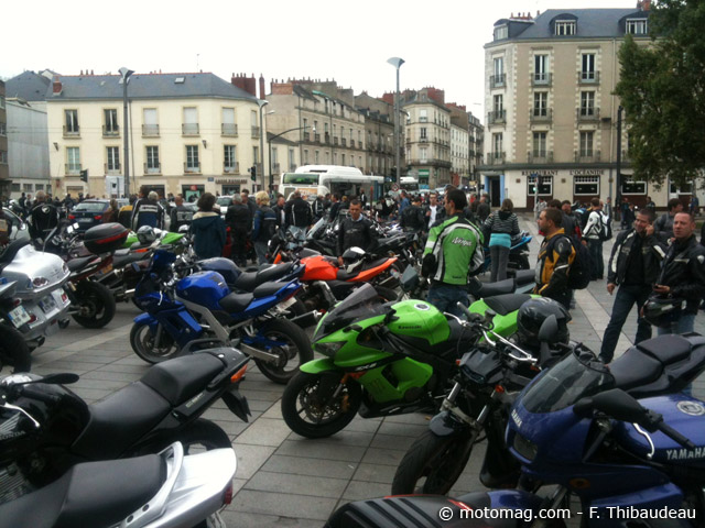 manif anti contr le technique nantes 700 motards moto magazine leader de l. Black Bedroom Furniture Sets. Home Design Ideas