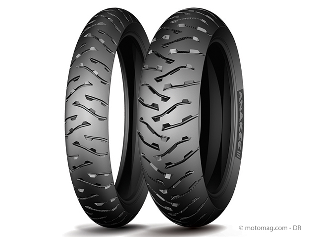 nouveaut pneu moto le michelin anakee 3 se d voile moto magazine leader de l actualit de. Black Bedroom Furniture Sets. Home Design Ideas