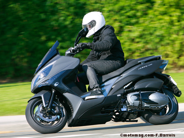 Kymco Xciting 400i : le plus « sportif » des moyennes (...)