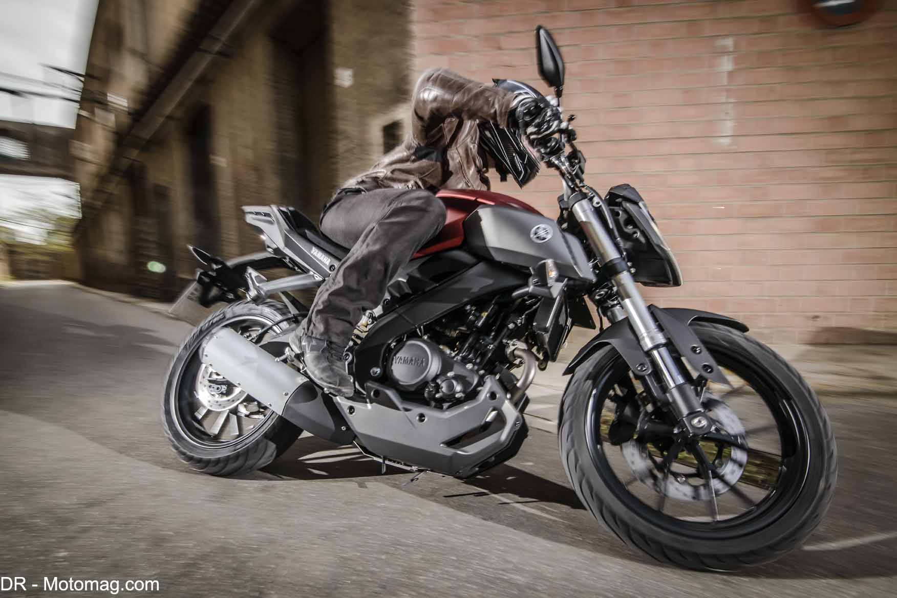 yamaha mt 125 petit roadster vitamin moto magazine leader de l actualit de la moto et du. Black Bedroom Furniture Sets. Home Design Ideas