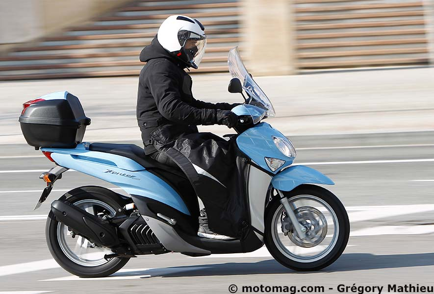 Top Yamaha 125 Xenter Business (2012- 2014) : grandes roues de  ES44