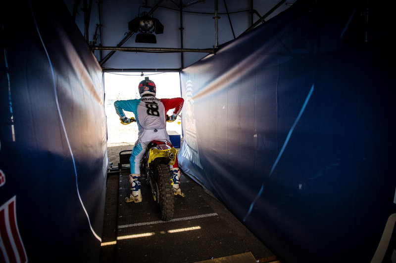 Travis Pastrana enflamme la Red Bull Straight (...)