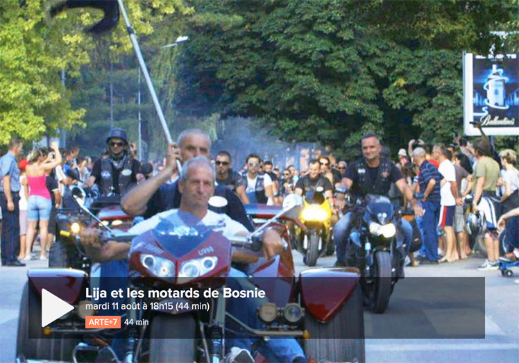 documentaire en bosnie un gang de motards qui fait le moto magazine leader de l. Black Bedroom Furniture Sets. Home Design Ideas