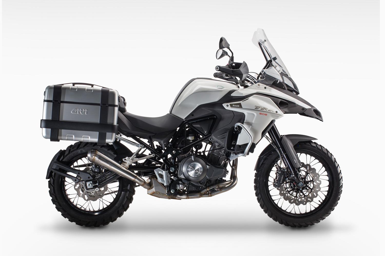 nouveaut 2016 le trail permis a2 benelli trk 502 moto magazine leader de l actualit de. Black Bedroom Furniture Sets. Home Design Ideas
