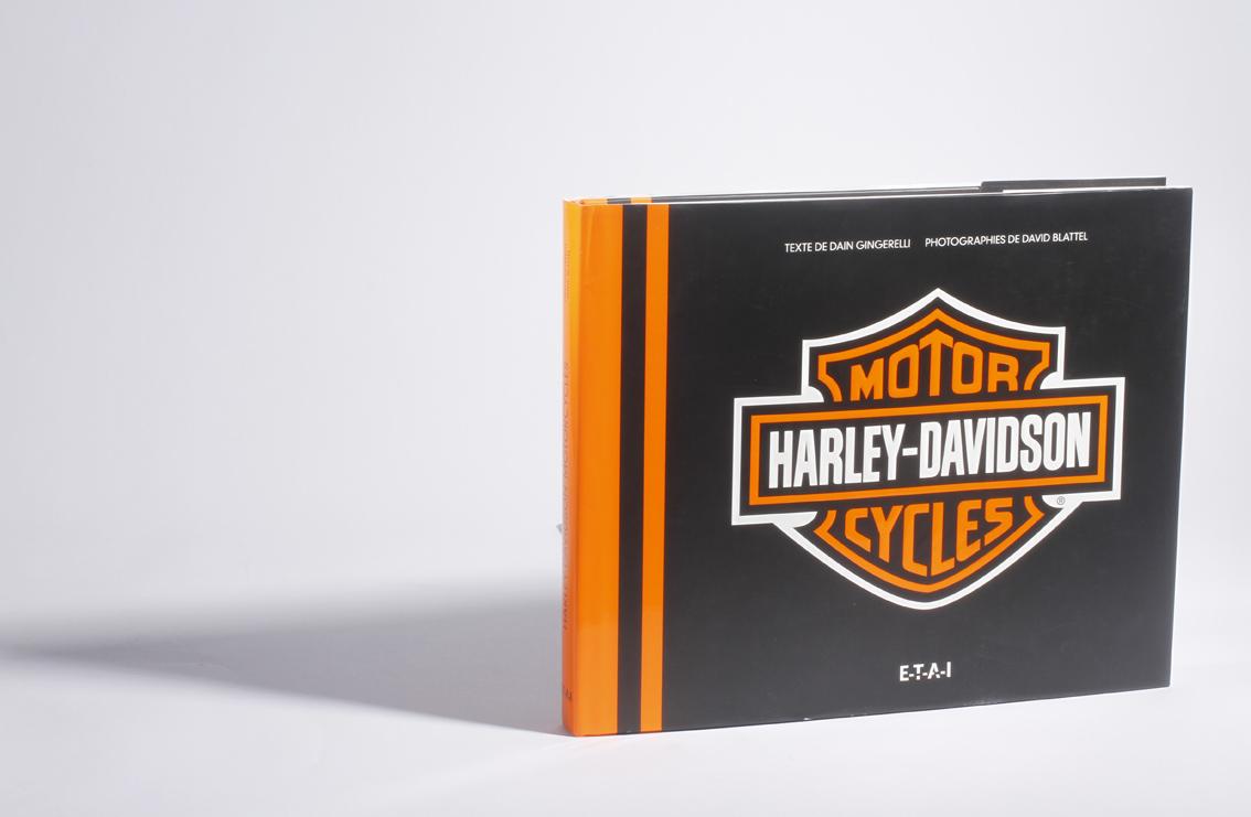 livre moto harley davidson motorcycles sans originalit moto magazine leader de l. Black Bedroom Furniture Sets. Home Design Ideas