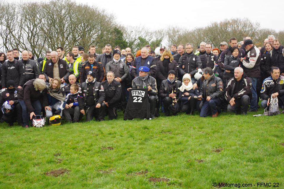 saint brieuc 150 motards ont rendu hommage aux victimes moto magazine leader de l. Black Bedroom Furniture Sets. Home Design Ideas