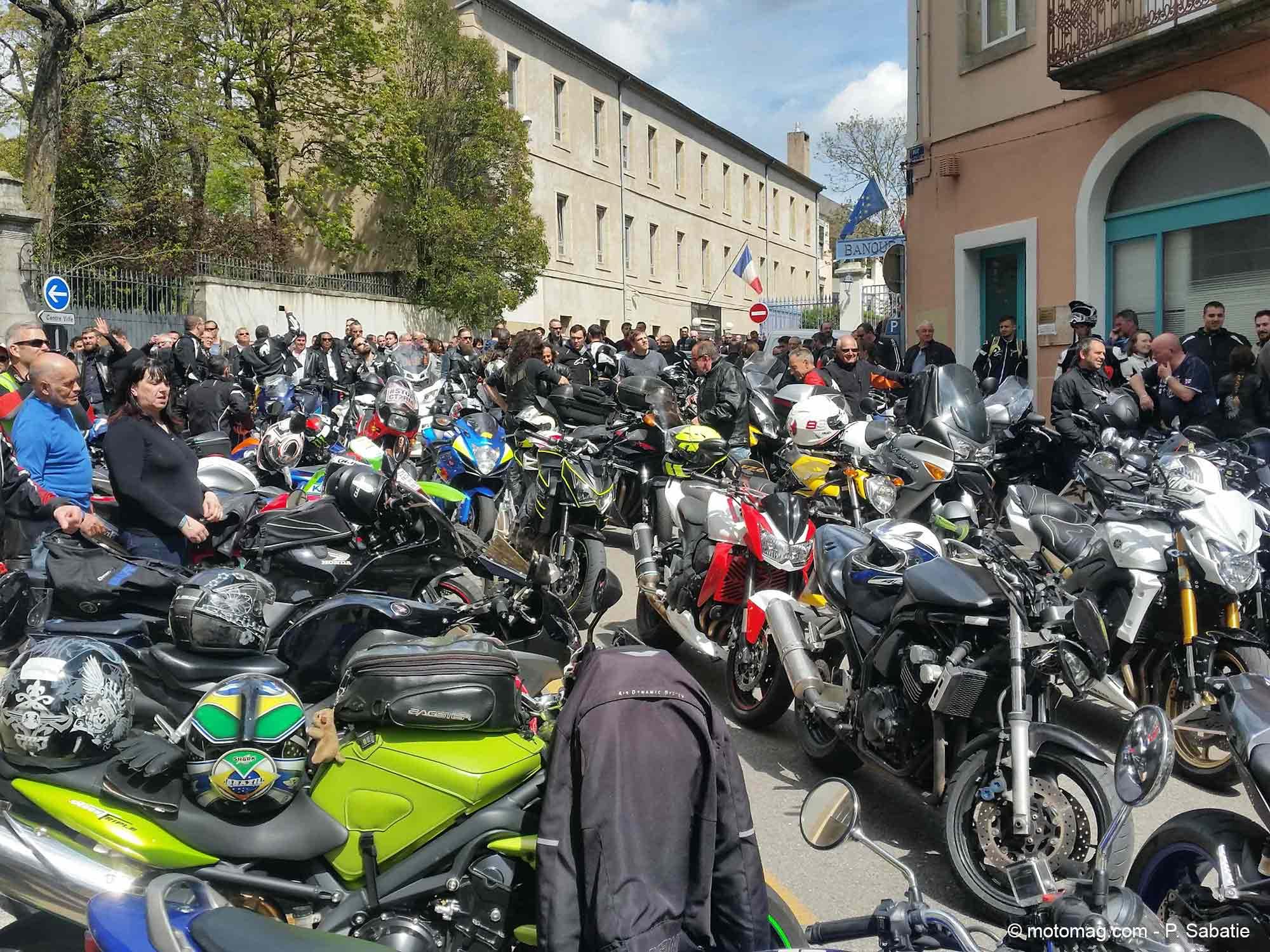 manif ffmc 26 07 900 motards en route pour valence contre le ct moto. Black Bedroom Furniture Sets. Home Design Ideas