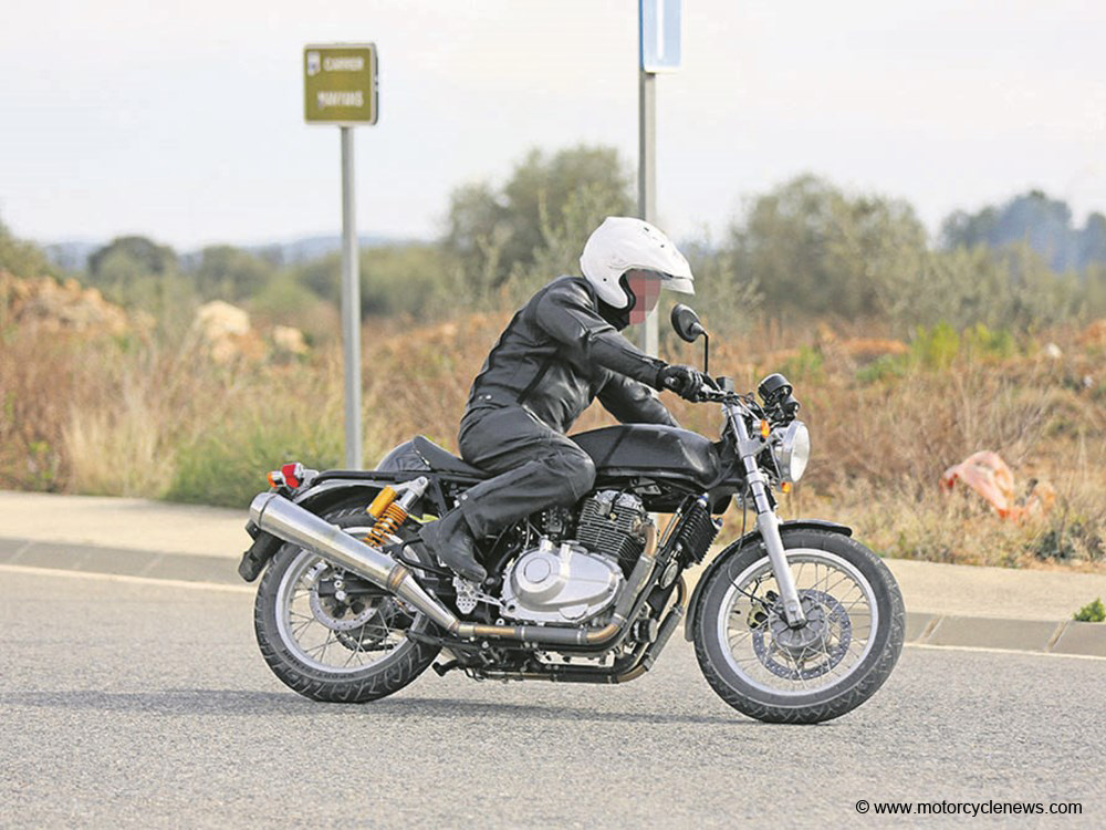 Royal Enfield : les photos volées du 750 twin