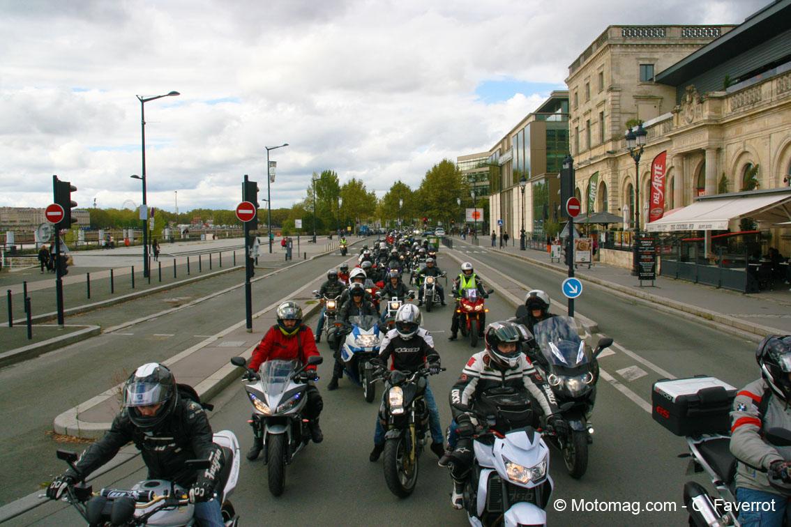 800 motards contre la circulation restreinte bordeaux moto magazine leader de l actualit. Black Bedroom Furniture Sets. Home Design Ideas