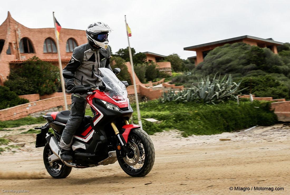 Integra X-ADV un Scoot- Trail Honda très attachant - Page 5 Arton32284