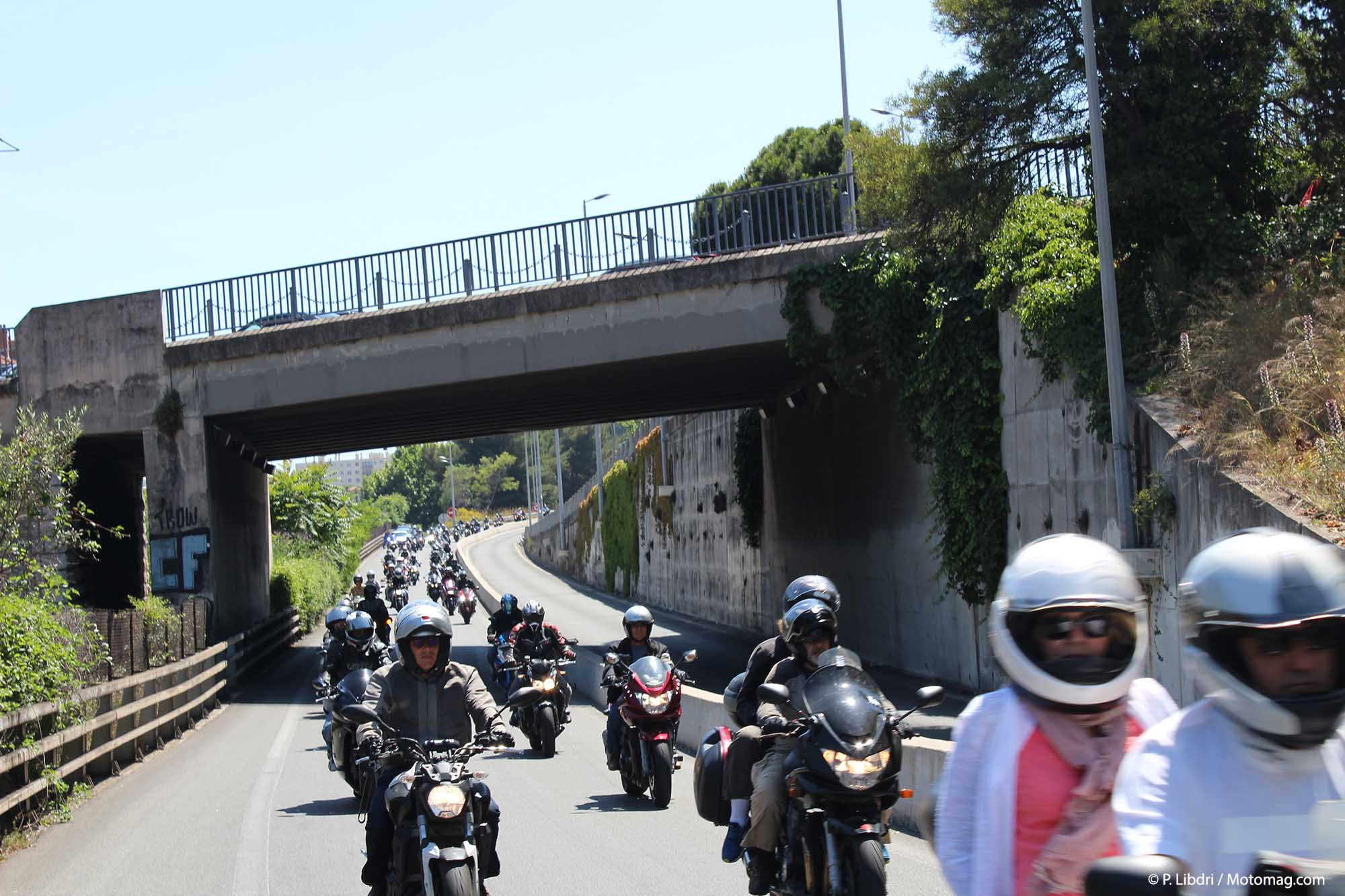 FFMC 06 : 600 motards manifestent à travers les (...)
