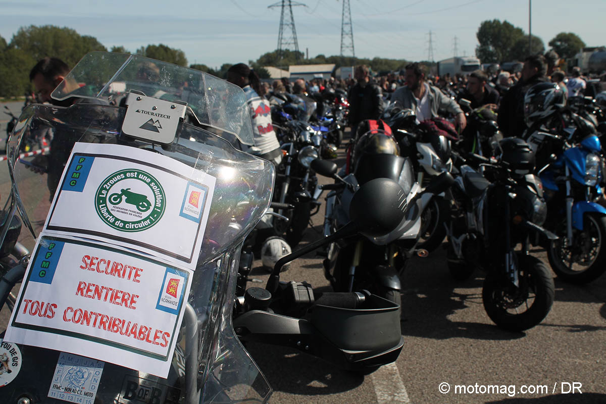 1000 motards disent non aux interdictions de (...)