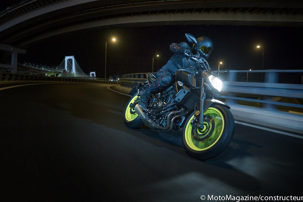 milan nouveaut s motos 2018 yamaha mt 07 moto magazine leader de l actualit de la moto et. Black Bedroom Furniture Sets. Home Design Ideas