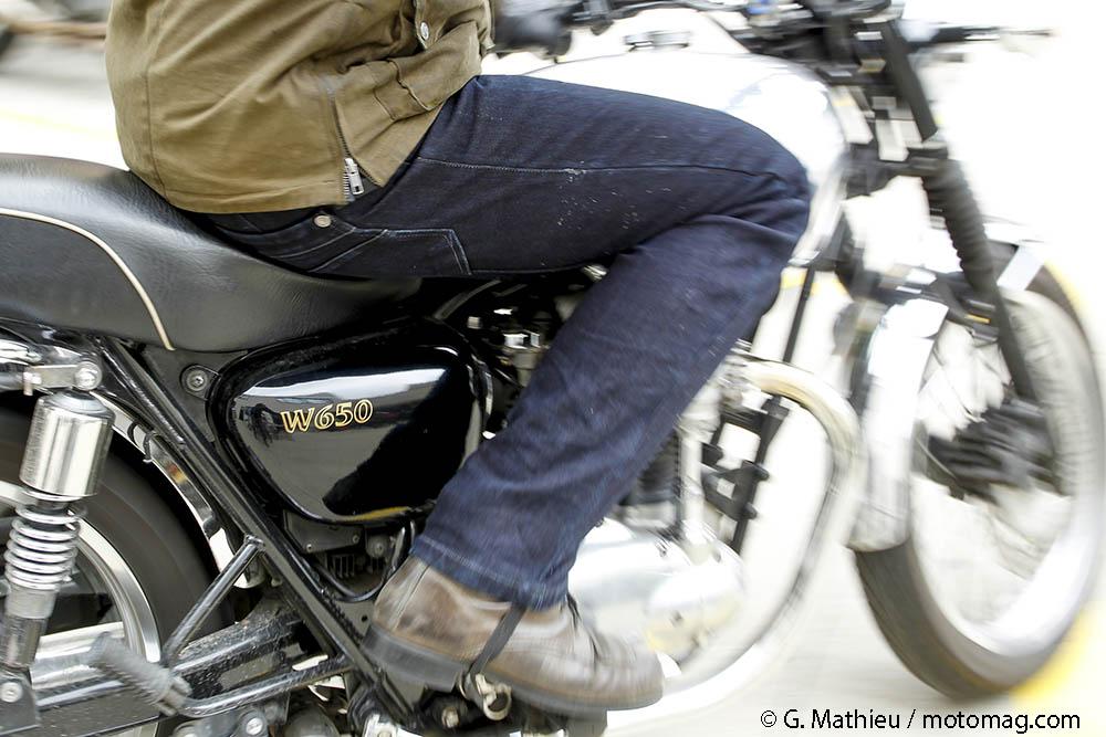 jeans renforc s moto des fibres hi tech pour une r sistance moto magazine leader de. Black Bedroom Furniture Sets. Home Design Ideas