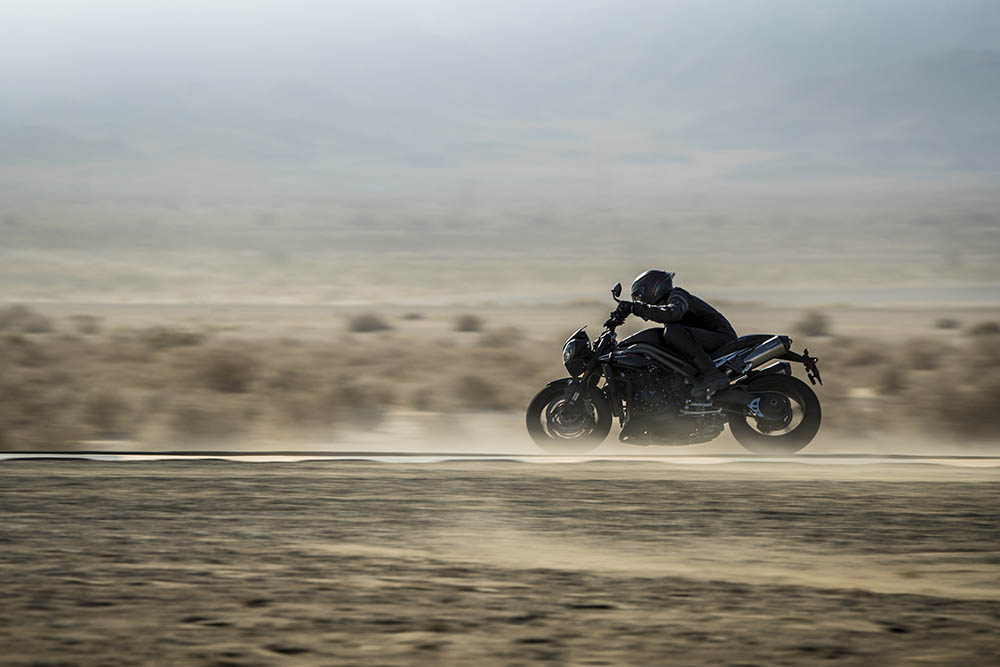 Triumph Speed Triple 1050 RS, essai « supersonique » à (...)