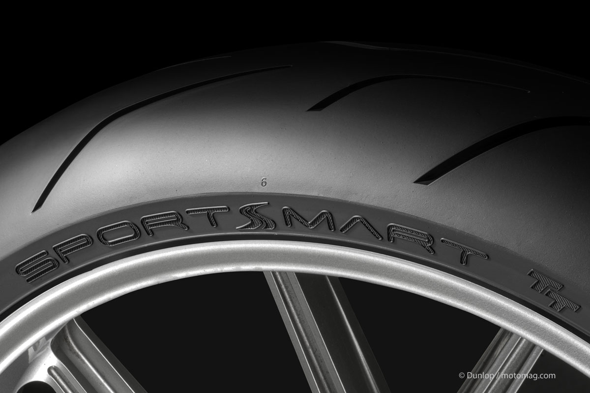 test pneus motos dunlop sportsmart tt c 39 est du sportif moto magazine leader de l. Black Bedroom Furniture Sets. Home Design Ideas