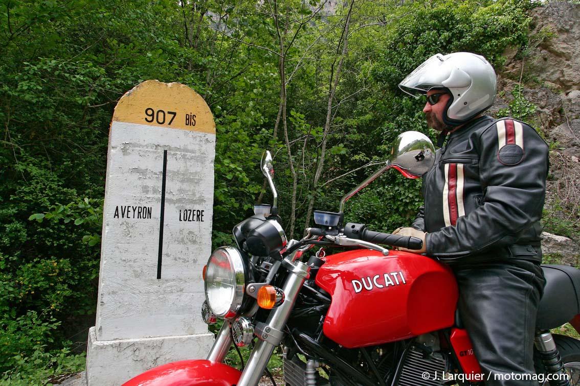 l aveyron vote contre le 80 km h moto magazine leader de l actualit de la moto et du motard. Black Bedroom Furniture Sets. Home Design Ideas