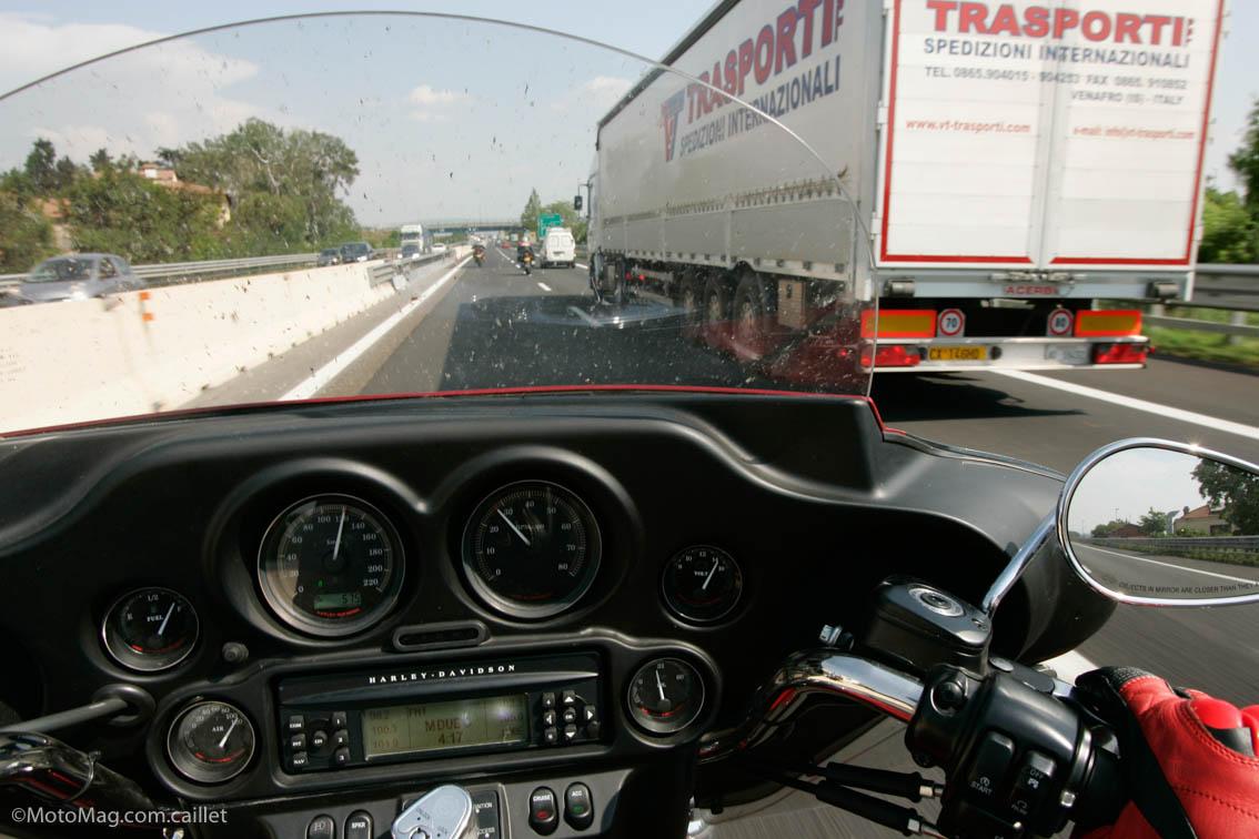 Roulette obligatoire sur les motos