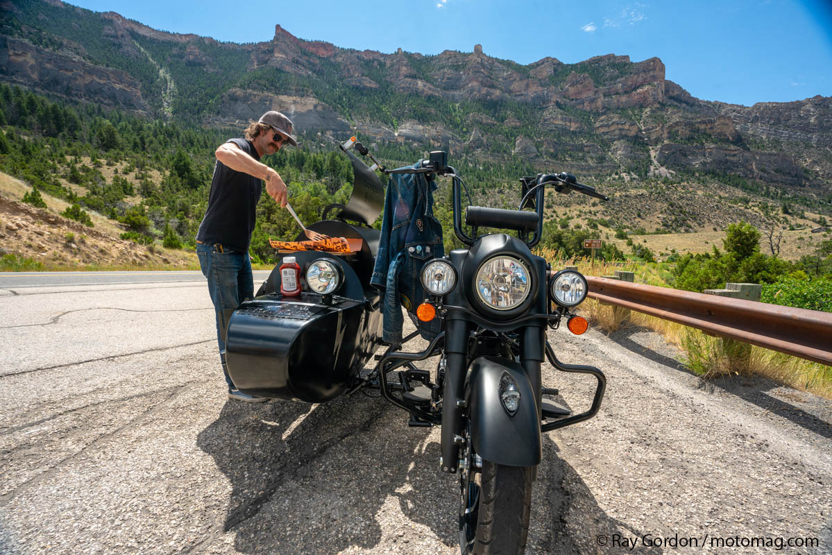 See See Motorcycles invente l'Indian barbecue