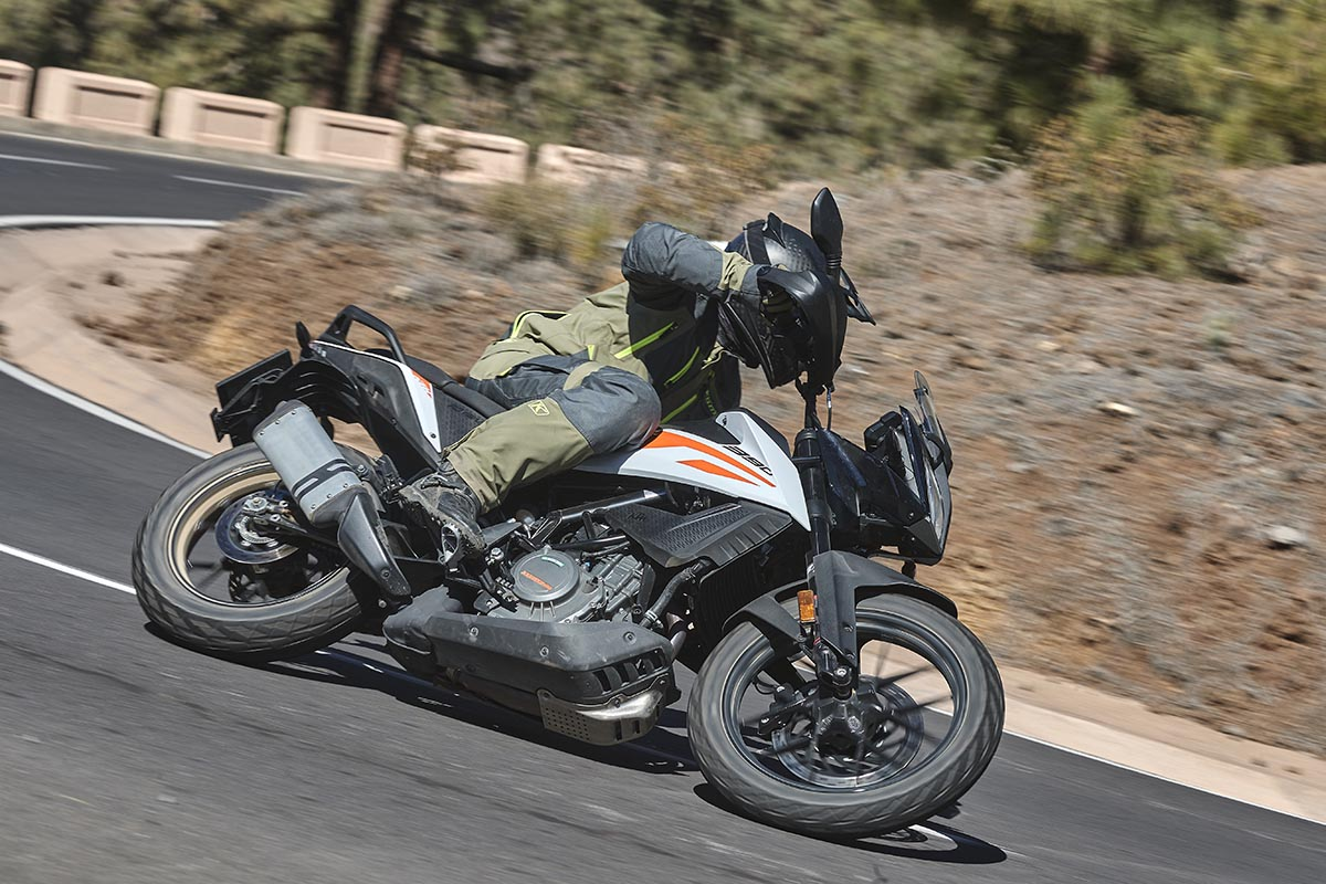 [VIDEO] Essai KTM 390 Adventure (2020) : ready to (...)