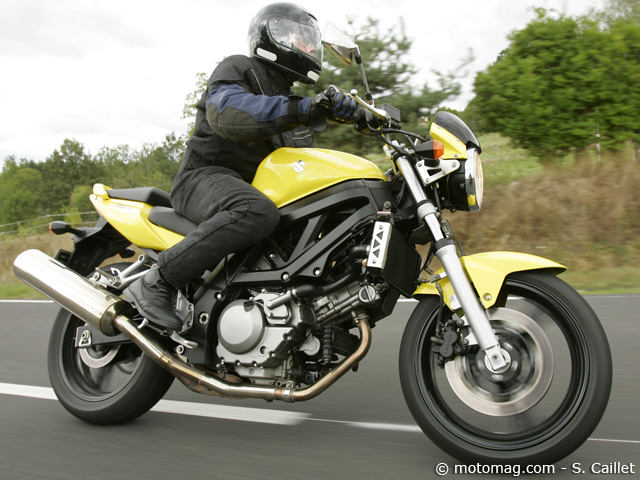 suzuki sv 650 n moto magazine leader de l actualit de la moto et du motard. Black Bedroom Furniture Sets. Home Design Ideas