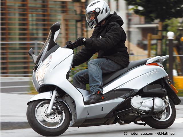 scooter s 39 wing 125 scooter wing 125 sur enperdresonlapin. Black Bedroom Furniture Sets. Home Design Ideas