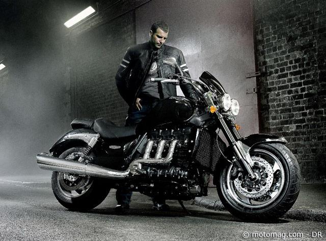 triumph rocket iii roadster nouveaut 2010 moto magazine leader de l actualit de la moto. Black Bedroom Furniture Sets. Home Design Ideas