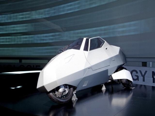 bmw un concept trois roues tr s simple vid o. Black Bedroom Furniture Sets. Home Design Ideas