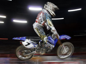 Supercross de Bercy : Stewart de retour ce week-end ! (...)
