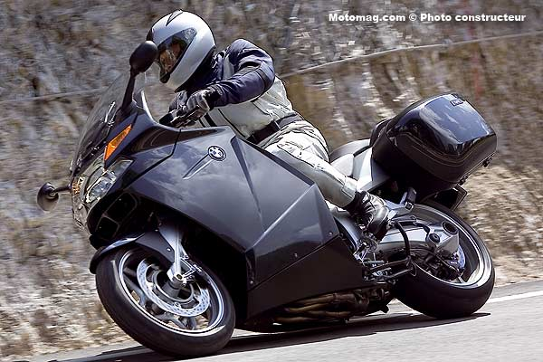 rappel bmw k 1200 gt motos concern es moto magazine leader de l actualit de la. Black Bedroom Furniture Sets. Home Design Ideas