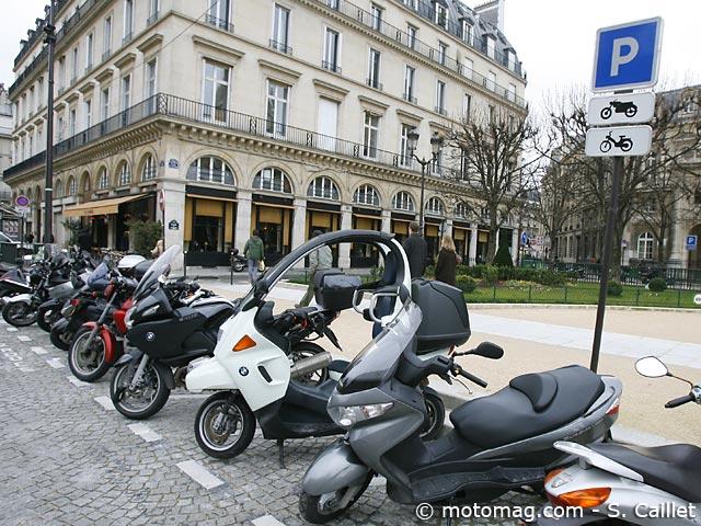 parking moto nantes 365 places pour se garer tous les moto magazine leader de l. Black Bedroom Furniture Sets. Home Design Ideas