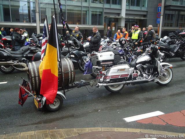 belgique plus de 1000 motards contre le contr le moto magazine leader de l actualit. Black Bedroom Furniture Sets. Home Design Ideas