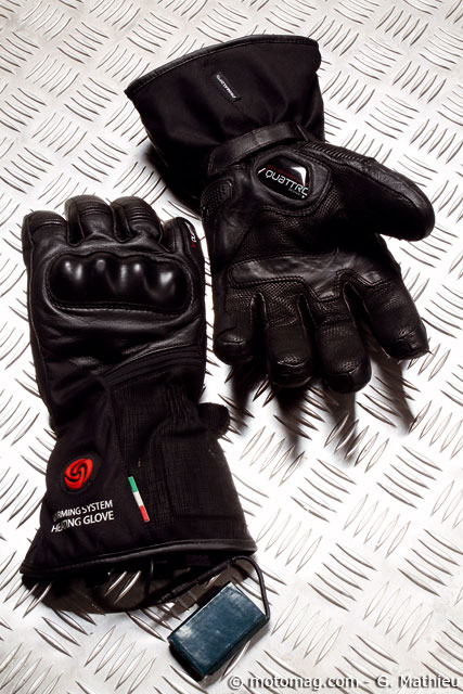 test v tements moto d hiver les gants et gilets chauffants moto magazine leader de l. Black Bedroom Furniture Sets. Home Design Ideas
