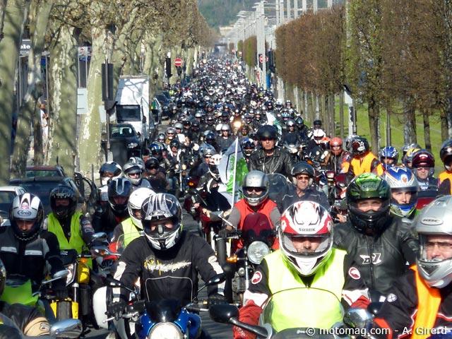 manif moto 24 mars 6000 motards en col re bordeaux moto magazine leader de l actualit. Black Bedroom Furniture Sets. Home Design Ideas
