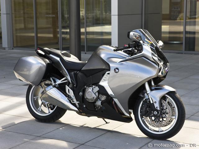 honda vfr 1200 f dct moto magazine leader de l actualit de la moto et du motard. Black Bedroom Furniture Sets. Home Design Ideas