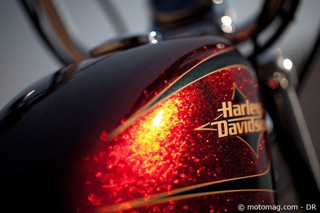 News 2012 Harley Sportster 72 : paillettes touch