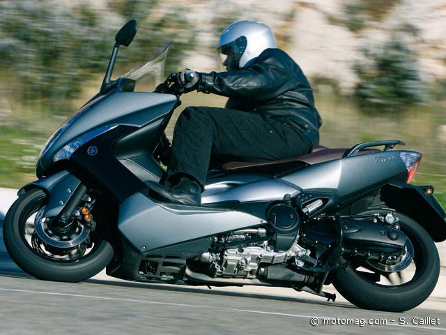 match gilera gp 800 yamaha t max 500 2008 moto. Black Bedroom Furniture Sets. Home Design Ideas