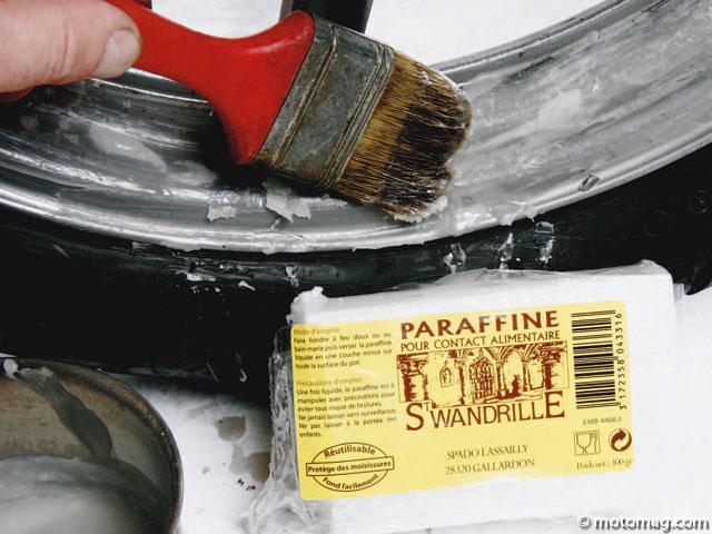 Lutter contre la rouille de ma moto - Peinture antirouille blanche ...