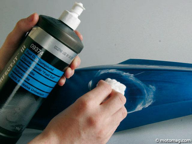 Peinture moto effacer les rayures moto magazine leader de l actualit de la moto et du motard for Peinture pour support plastique