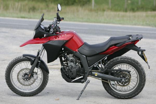 derbi 125 terra moto magazine leader de l actualit de la moto et du motard. Black Bedroom Furniture Sets. Home Design Ideas