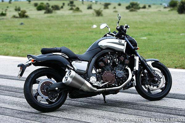 yamaha 1700 v max moto magazine leader de l actualit de la moto et du motard. Black Bedroom Furniture Sets. Home Design Ideas