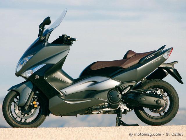 match gilera gp 800 yamaha t max 500 2008 moto magazine leader de l actualit de la moto. Black Bedroom Furniture Sets. Home Design Ideas