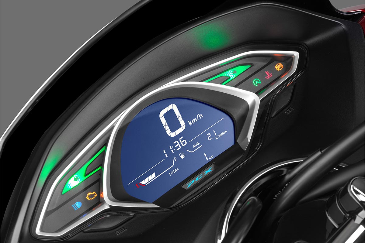 Honda PCX 2018, enfin l'ABS - Moto Magazine - leader de l ...