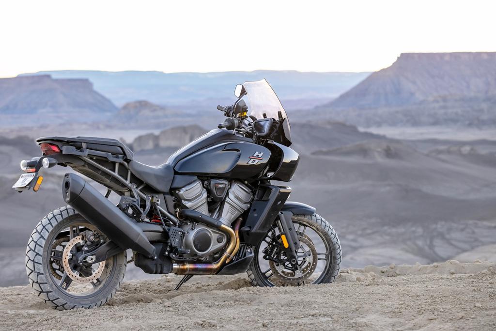 La Harley 1250 Pan America à partir de 15 990 € 201482_pan-am_ra1250_04551